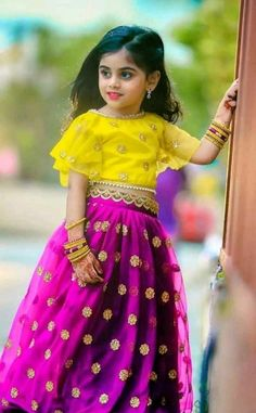 Girls Frock Design, Baby Dress Design, Kids Frocks Design, Baby Frocks Designs, Kids Party Wear Dresses, Kids Dress Wear, Kids Gown, Dresses Kids Girl, Kids Indian Wear
