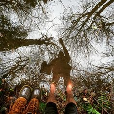 That one time one of my best friends got engaged and I waded barefoot through water in the heart of winter to get to a tiny Island. Where I then built a fern fort, camped out for a few hours, and then secretly snapped photos with my #MomentTele like a hidden Ninja from the other side of the lake.  My @llbean boots were just not tall enough for this adventure. But sometimes you've got to get your feet wet. #FromWhereIStand