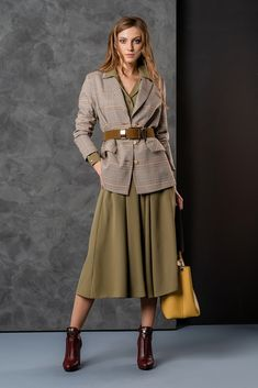 Stylish Winter Outfits, Classy Outfits, Casual Outfits, Fashion Outfits, Womens Fashion, Office Fashion, Work Fashion, Fashion Looks, School Looks