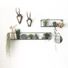 Back in stock, our Meert collection! Home Design, Room Inspiration, Interior Inspiration, Regal Design, Bedroom Decor, Wall Decor, Creative Walls, Cool Walls, Interior Design Living Room