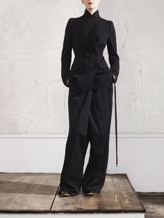 love the combination of slim fit jacket with wide leg trousers.  Maison Martin Margiela for #HM