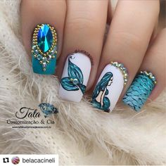 Add some inspiration from under the sea to your next manicure with mermaid nails. Take a peek at some of our favorite mermaid nail art designs. Trendy Nails, Cute Nails, Owl Nails, Bright Red Nails, Nails For Kids, Mermaid Nails, Manicure Y Pedicure, Types Of Nails, Winter Nails