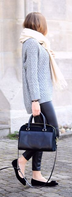 Neutral Basics Outfit Idea