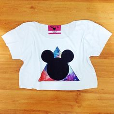 Crop Tops, T Shirt, Women, Fashion, Supreme T Shirt, Moda, Tee Shirt, Fashion Styles, Fashion Illustrations