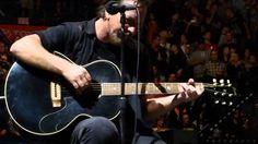 PEARL JAM / EDDIE VEDDER *IMAGINE* John Lennon live in St. Louis at Scottrade Center 10/3/2014 HD - YouTube