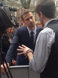 Divergent European Premiere ~ Theo James