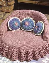 Crochet pet bed, OK now my Angel Girl may get one of these. This is just adorable.