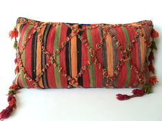 Moroccan kilim pillow, Vintage Berber pillow, Red pillow, Embroidered pillow, Kilim cushion, Morrocan decor - Vintage Talsint Pillow T1 by SunnyHomeStory on Etsy