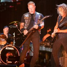 James Hetfield and Kirk Hammett Minneapolis US Bank Stadium Show Saturday 20,August 2016