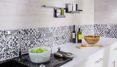 Dans la cuisine, le carrelage règne en maître s'exhibant sur les murs, les plans de travail, les crédences ou encore les sols. Sa force ? Il combine une grande résistance (à l'usure, à l'eau, aux chocs ou aux taches) et une vraie facilité d'entretien très appréciable en cuisine. Esthétisme des formes, coloris variés, multiples effets de surface... Voici une sélection de modèles tendance qui devraient changer l'image que vous aviez du carrelage !