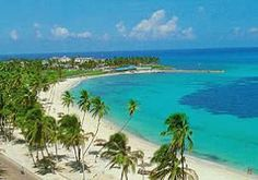 About San Andres Island: San Andrés is a coral island in the Caribbean Sea. Historically tied to England, and politically part of Colombia, San Andrés and the nearby islands of Providencia and. Places To Travel, Places To See, Travel Destinations, Wonderful Places, Beautiful Places, Travel Around The World, Around The Worlds, Colombia Travel, South America Travel