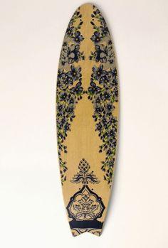 such a pretty surfboard / farm rio