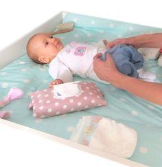 Feuchttücherhülle, die wie eine Feuchttücherbox funktioniert - Geschenk zur Geburt
