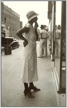 """""""A good snapshot stops a moment from running away"""" - Eudora Welty (photo by Welty for the WPA)"""