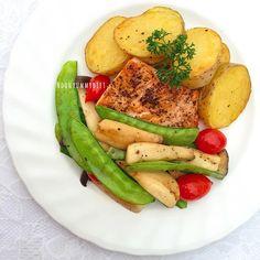 Thai Recipes, Clean Recipes, Healthy Recipes, Thai Menu, Clean Eating, Healthy Eating, Avocado Egg, Food Menu, Diy Food