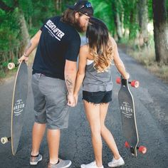 E Shoot || Skateboard Couple || Engagement || Here's a little happy for your Saturday!! #wyndpaisleyco #longboard #arbor
