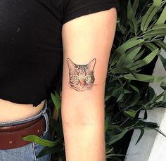 Cat #cats #tattoo #tattoos #tattoosforwoman #tattoowoman #womantattoo #tattoodesign #tattoodesigns #tattooart #tatuaje #Tätowierung #وشم #tatouage #tetoviranje #टटू #tatuering #tatuaggio #タトゥー #문신 #тату #татуювання жінка #dovme #kadındovmeleri #dövme  #黥 #τατουάζ New Tattoos, Print Tattoos, Cool Tattoos, Cat Tattoo, Tattoos For Women, Tattoo Designs, Woman, Cats, Summer