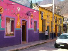 These pictures will give you a flavor of Ajijic. Some pictures courtesy of Steven Miller (photographer).