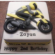 What's even cooler than popping a wheelie? These awesome motorcycle cakes! Whether you love Harleys, Ducatis or dirt bikes there is a cake in this gallery that will make you flip your lid. Motorcycle Birthday Cakes, Motorcycle Cake, Birthday Cakes For Men, Cakes For Boys, Cake Birthday, Bike Cakes, Truck Cakes, Cupcakes, Cupcake Cakes