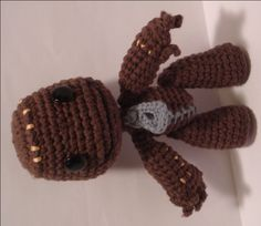 Little Big Planet Sackboy crochet pattern. Totally digging out my crochet needles and making this!