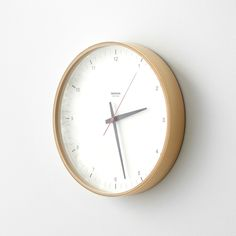 Received the Good Design - Long-Life Design Award in Each clock is handmade by skilled craftspeople. Giant Wall Clock, Retail Websites, Plywood Walls, Handmade Clocks, Modern Clock, Wall Clock Design, Life Design, Design Awards, Timeless Design