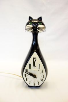 Kit Cat Clock Vintage Spartus Long Neck Blinking by BeeHavenHome