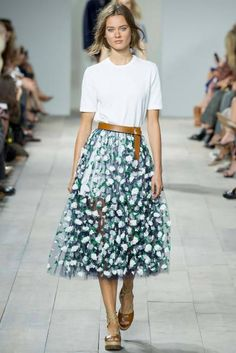 Tie a thick ribbon or obi belt around your waist to pull together and finish off your look. Master this Asian influence, and reap the benefits of a slim silhouette. #spring2015
