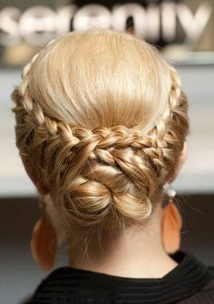 A how-to for this braided style. Beautiful!
