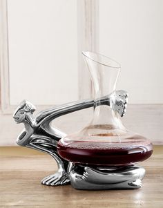 Carrol Boyes On the Edge Wine Decanter - Hamperlicious Man Crates, Same Day Delivery Service, Gin Bar, High End Products, Foyer Design, Gift Hampers, Wine Decanter, Household Items, Home Gifts