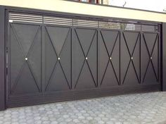New sliding garage door entrance 58 ideas House Main Gates Design, Front Gate Design, Steel Gate Design, Door Gate Design, House Front Design, Unique Garage Doors, Sliding Garage Doors, Sliding Gate, Metal Fence Gates