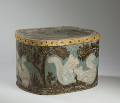 Large hat box with squirrel motif and blue ground