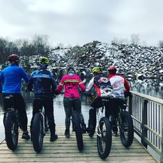 Late fall Fatbike ride at Quarry Park, how deep is the water? Waiting for the ski base Salsa Mukluk, Mongoose, Salsa Beargrease, Surly Ice Cream Truck