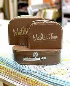 Set of 3 suitcases-can't get enough of these! I'd love to use the for cute storage in my #MJCdreamcloset #matildajanecloset