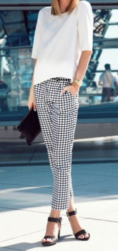 Look de trabalho, brusa branca, calça quadriculada, preto e branco, look black and white. summer10_fernanda_damy_pinterest