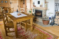 Rustikální jídelní sestava Kitchen Island, Home Decor, Island Kitchen, Decoration Home, Room Decor, Home Interior Design, Home Decoration, Interior Design