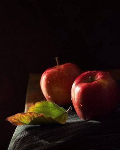 new ideas fruit tart photography beautiful L'art Du Fruit, Fruit Art, Fruit And Veg, Fruits And Vegetables, Growing Vegetables, Fruit Photography, Dark Photography, Still Life Photography, People Photography