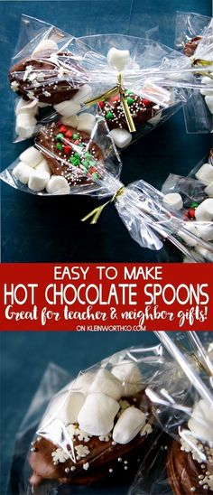Easy Hot Chocolate Spoons make great holiday gifts for friends, co-workers & neighbors. Just stir into warm milk for a delicious cup of cocoa on a cold day. via Kleinworth & Co. Chocolate Spoons, Hot Chocolate Bars, Delicious Chocolate, Chocolate Diy, Vegan Chocolate, Chocolate Covered, Chocolate Recipes, Christmas Baskets, Christmas Sweets