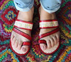 24d843aacb34 Red Leather Sandals Woman Mexican Shoes Vintage Style 1970s-Floral-Flip  Flops-Hippie-BOHO-Tribal-Shoes-Summer-Handmade Sandals-Huaraches