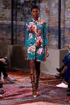 Gucci au Luxury & Vintage Madrid, la meilleure sélection en ligne de vêtements de luxe, pré-aimé avec jusqu'à 70% de réduction