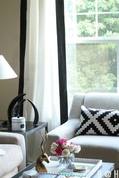 black-and-white-curtain-diy
