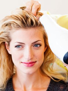 The Scary Way Blowdry Bars Are Effing Up Your Hair #refinery29  http://www.refinery29.com/dry-bar-reviews
