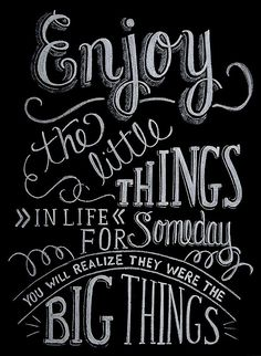 Quotes are a great way to positive self-talk. Here are some to kickstart your day! Inspirational Chalkboard Quotes, Chalk Art Quotes, Inspiring Quotes, Chalkboard Text, Chalkboard Designs, Hand Lettering Styles, Chalk Lettering, Quotes About Motherhood, Sign I