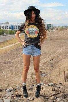 "H&M Ts, Shirts, Levis Vintage Shorts | ""JULIETTE"" by MadameDeRosa"