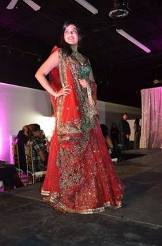 #model #bride #indianbride #couture #indiancouture #bridal #bollywood #silkthreads