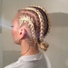 Top 60 All the Rage Looks with Long Box Braids - Hairstyles Trends Cornrow Hairstyles White, Box Braids Hairstyles, Girl Hairstyles, Summer Hairstyles, Pretty Hairstyles, White Girl Braids, Girls Braids, White Girl Cornrows, Cornrows Braids White
