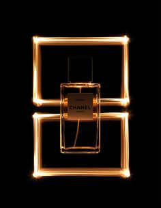 Misia by Chanel (photo Koichiro Doi) Perfume And Cologne, Solid Perfume, Perfume Bottles, Photography Lighting Setup, Perfume Recipes, Beauty Book, Hair Beauty, Beauty Makeup, Advertising Photography
