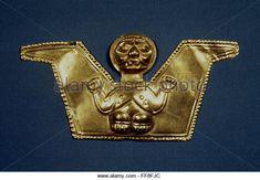 PRE-COLUMBIAN ART. /nGold plaque with presumed bat god, Ecuador. - Stock Image
