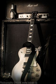 Marshall Amp Guitar Backstage Rock & Roll