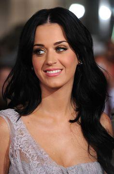 my girl crush. love the dark hair.