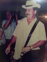 Resultado de imagen para medellin pablo escobar Pablo Emilio Escobar, Pablo Escobar, Mafia, Narcos Escobar, Colombian Drug Lord, Drug Cartel, Pose, Crime, The Godfather